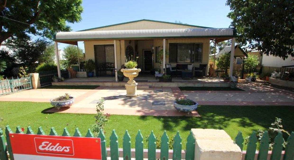 33 French Avenue, Merredin, WA, 6415 - Image 1