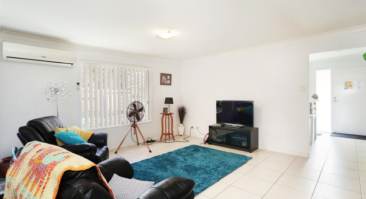 8 Tea Tree Place, Raceview, QLD, 4305 - Image 2