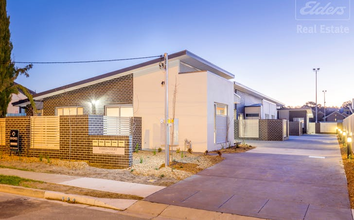 2/107 Campbell Street, Queanbeyan, NSW, 2620 - Image 1
