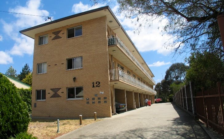 1/12 Gilmore Place, Queanbeyan, NSW, 2620 - Image 1