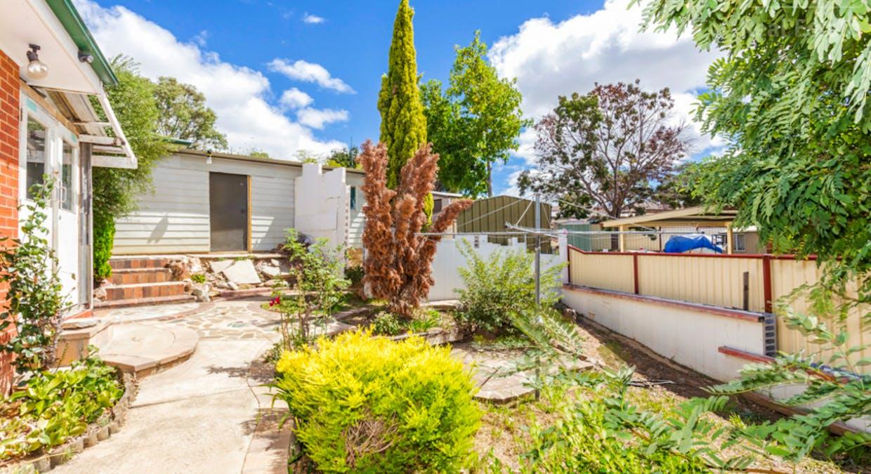 33 Hayley Crescent, Karabar, NSW, 2620 - Image 11
