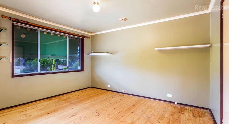 33 Hayley Crescent, Karabar, NSW, 2620 - Image 6