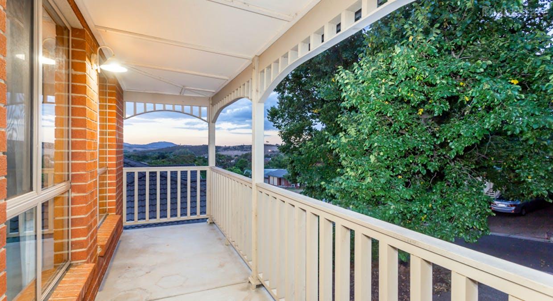 4 English Grove, Jerrabomberra, NSW, 2619 - Image 2