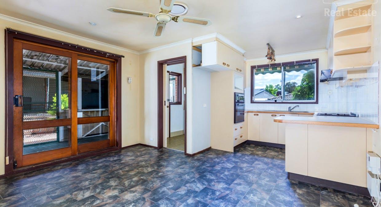 33 Hayley Crescent, Karabar, NSW, 2620 - Image 3