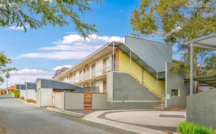 4/8 Davison Street, Crestwood, NSW, 2620 - Image 1