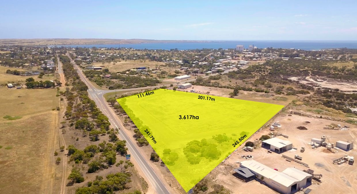 Section 2 Jubilee Rd, Streaky Bay, SA, 5680 - Image 1