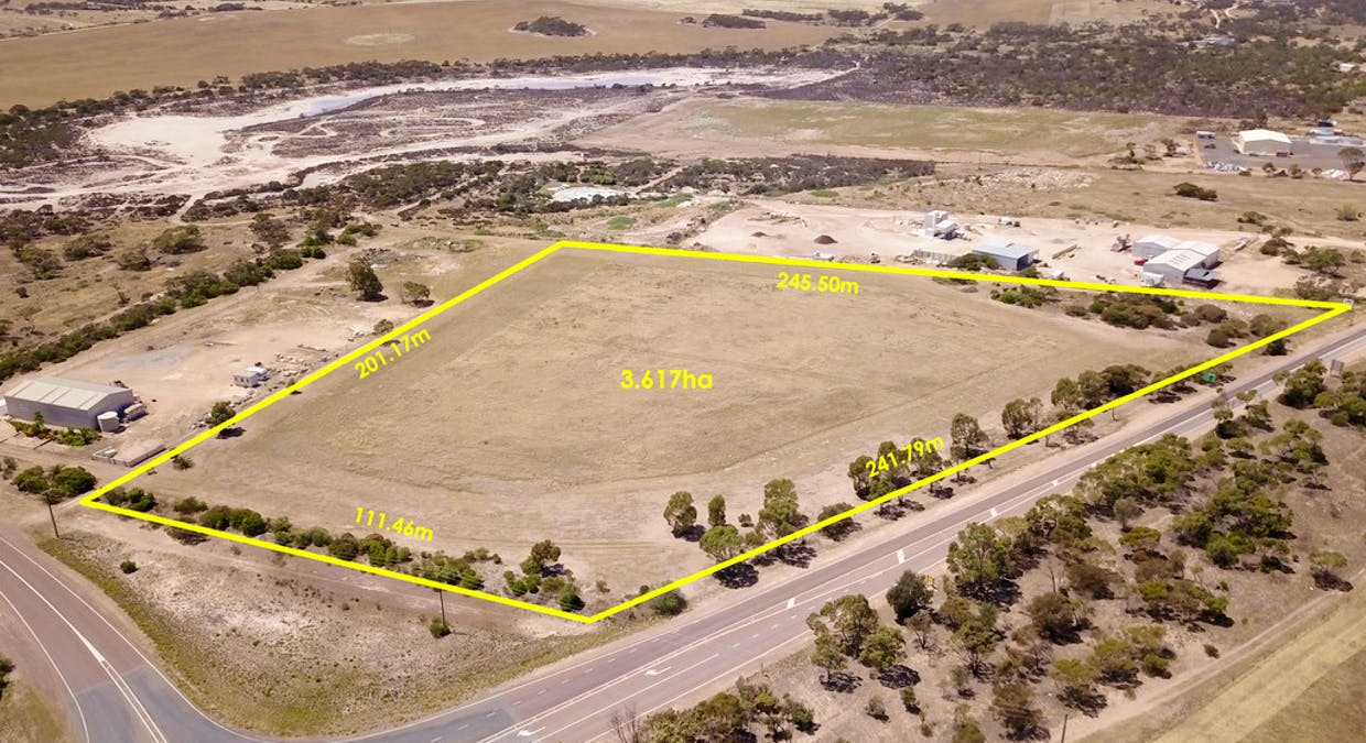 Section 2 Jubilee Rd, Streaky Bay, SA, 5680 - Image 3