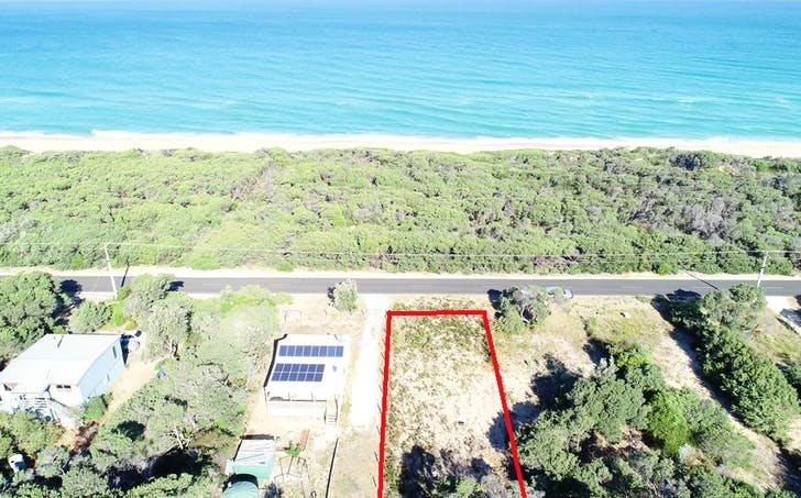 216 Shoreline Drive, Golden Beach, VIC, 3851 - Image 1