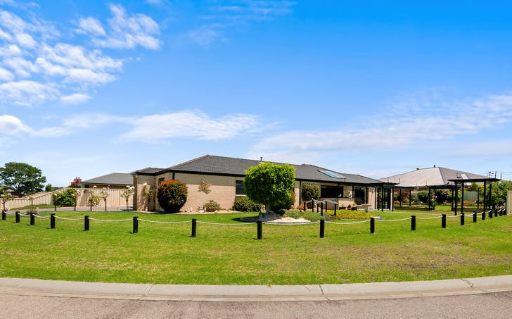 21 Riviera Close, Paynesville, VIC, 3880 - Image 1