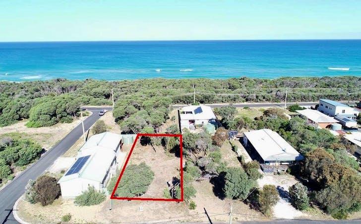 3 Beachcomber Road, Golden Beach, VIC, 3851 - Image 1