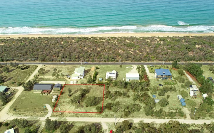 33 Edgewater Drive, Golden Beach, VIC, 3851 - Image 1