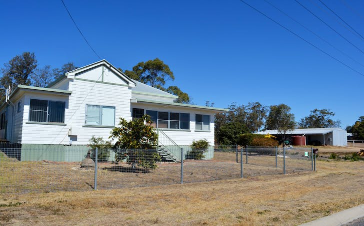 88 Willi Street, Rosenthal Heights, QLD, 4370 - Image 1
