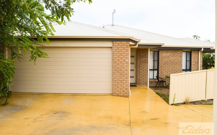 Unit 1 / 20 Lookout Place, Rosenthal Heights, QLD, 4370 - Image 1