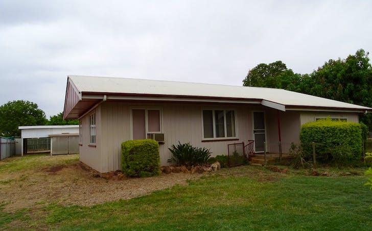 8 Robert Street, St George, QLD, 4487 - Image 1