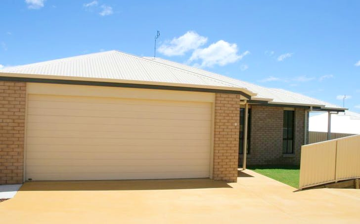 Unit 2 / 20 Lookout Place, Rosenthal Heights, QLD, 4370 - Image 1