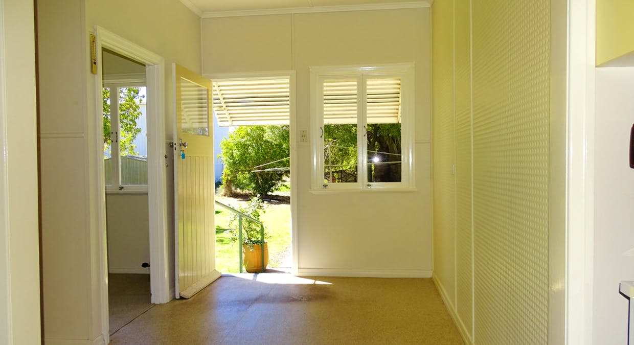 27 Church Street, St George, QLD, 4487 - Image 6
