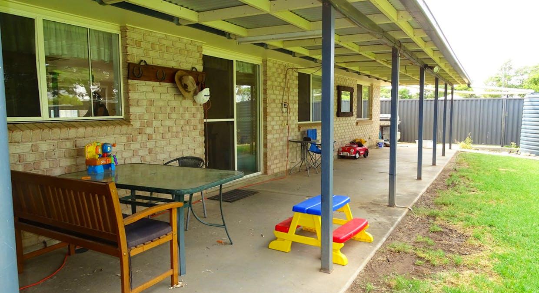 18 Elizabeth Street, St George, QLD, 4487 - Image 2