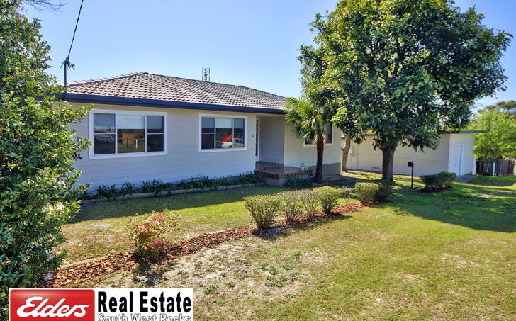 8 Marriot St, South West Rocks, NSW, 2431 - Image 1