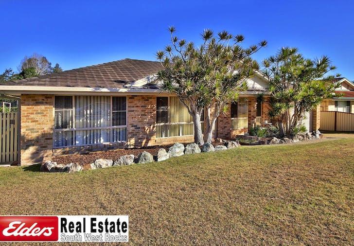 8 Herbert Appleby Cct, South West Rocks, NSW, 2431