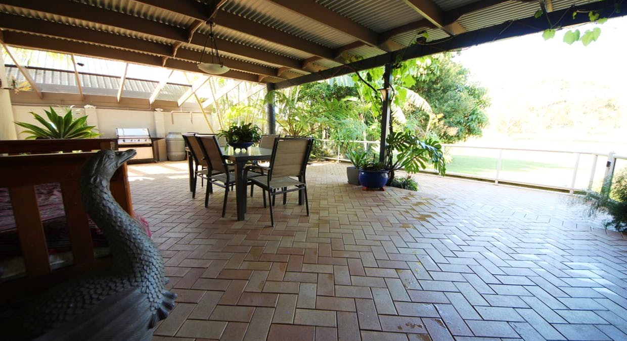 22 Cook Dr, South West Rocks, NSW, 2431 - Image 8