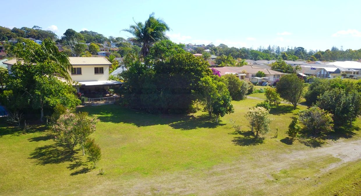 22 Cook Dr, South West Rocks, NSW, 2431 - Image 5
