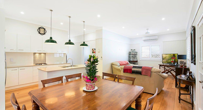 10 Atkinson Street, South Toowoomba, QLD, 4350 - Image 7