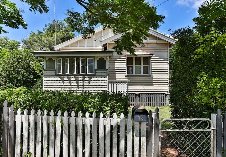 18 Jones Street, Harlaxton, QLD, 4350