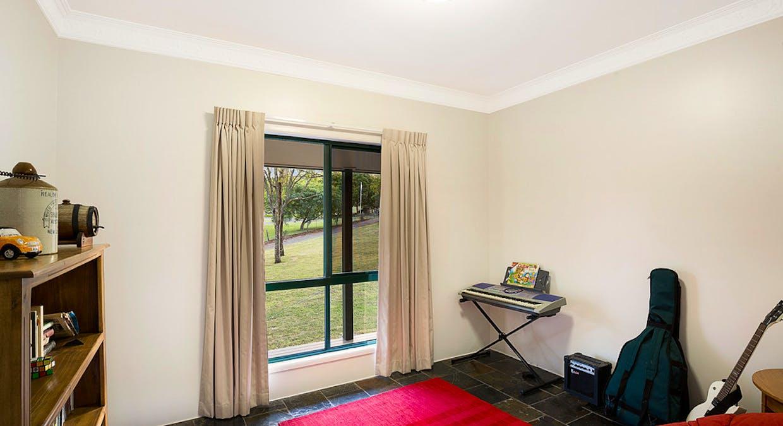 33 Box Tree Court, Mount Rascal, QLD, 4350 - Image 14