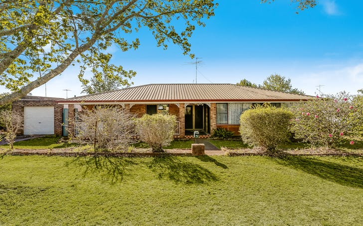5 Arlaw Street, Centenary Heights, QLD, 4350 - Image 1
