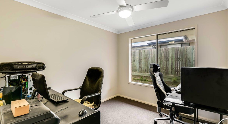 4 Macrossan Street, Cranley, QLD, 4350 - Image 8