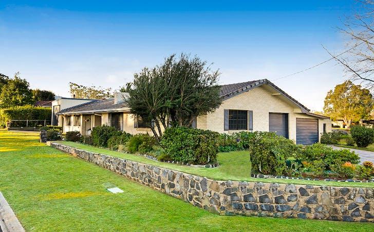 16 Stuart Street, Mount Lofty, QLD, 4350 - Image 1