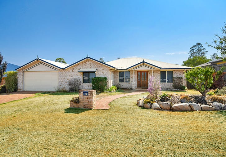 18 Honeyeater Drive, Highfields, QLD, 4352