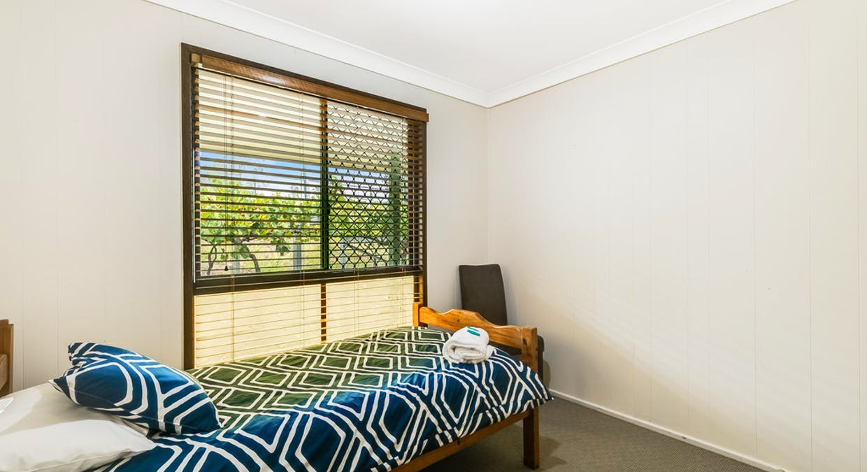 15 Rosevale Street, Darling Heights, QLD, 4350 - Image 13
