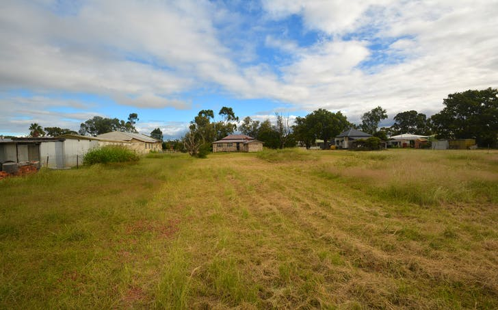 26 Federal Street, Oakey, QLD, 4401 - Image 1