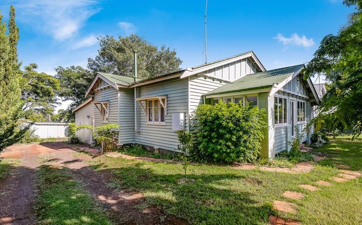 11 Haig Street, South Toowoomba, QLD, 4350 - Image 1