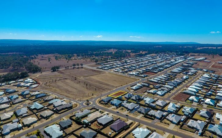 2 Hancock Circuit, Kleinton, QLD, 4352 - Image 1