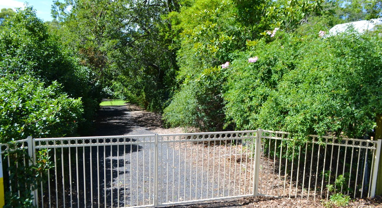 7a Creek Street, Crows Nest, QLD, 4355 - Image 2
