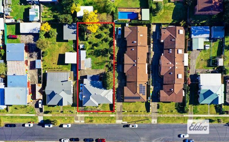 10 Flett Street, Taree, NSW, 2430 - Image 1
