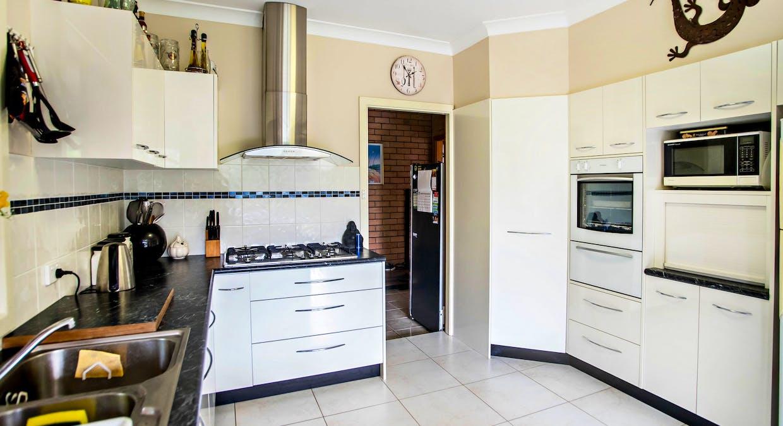 16 Cottonwood Street, Taree, NSW, 2430 - Image 2