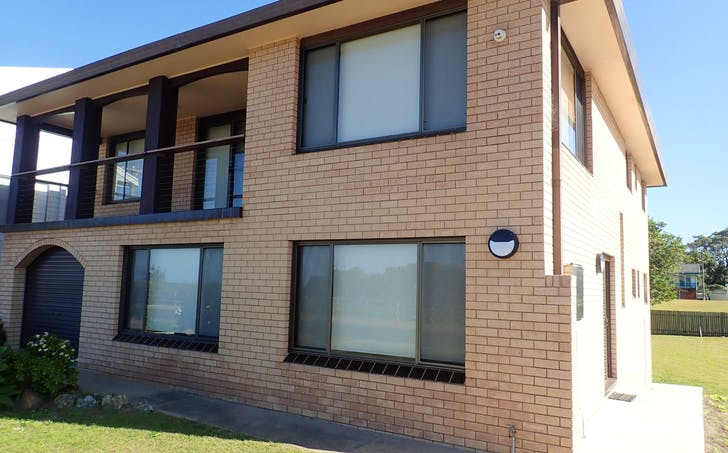 15 Pacific Parade, Old Bar, NSW, 2430 - Image 1