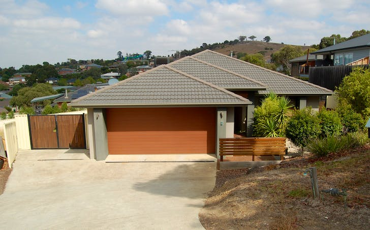 4 Bowerbird Place, Whittlesea, VIC, 3757 - Image 1