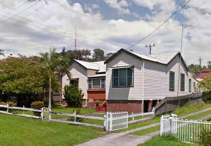2/18 Myrtle Street, Coniston, NSW, 2500