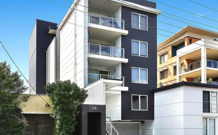 8/26 Victoria Street, Wollongong, NSW, 2500 - Image 1