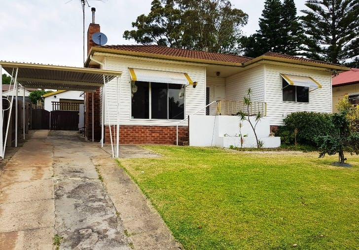 39 Bassett Street, Fairy Meadow, NSW, 2519