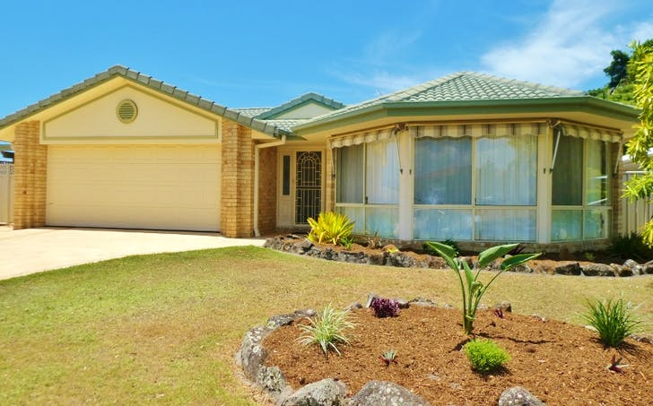 4 Edgewater Close, Yamba, NSW, 2464 - Image 1