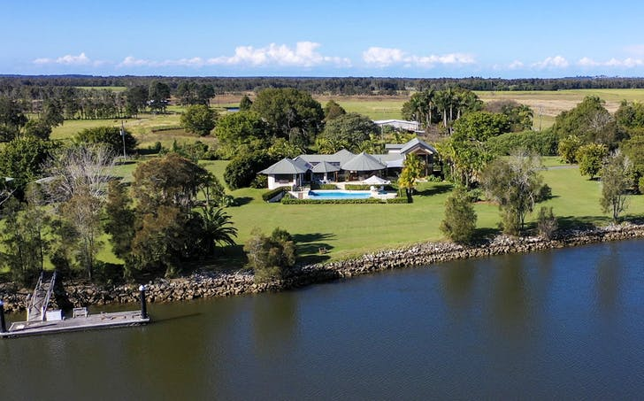 68 Mcconnells Ln, Palmers Island, NSW, 2463 - Image 1