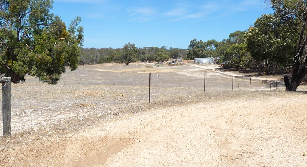 8488 Brookton Highway, Brookton, WA, 6306 - Image 13