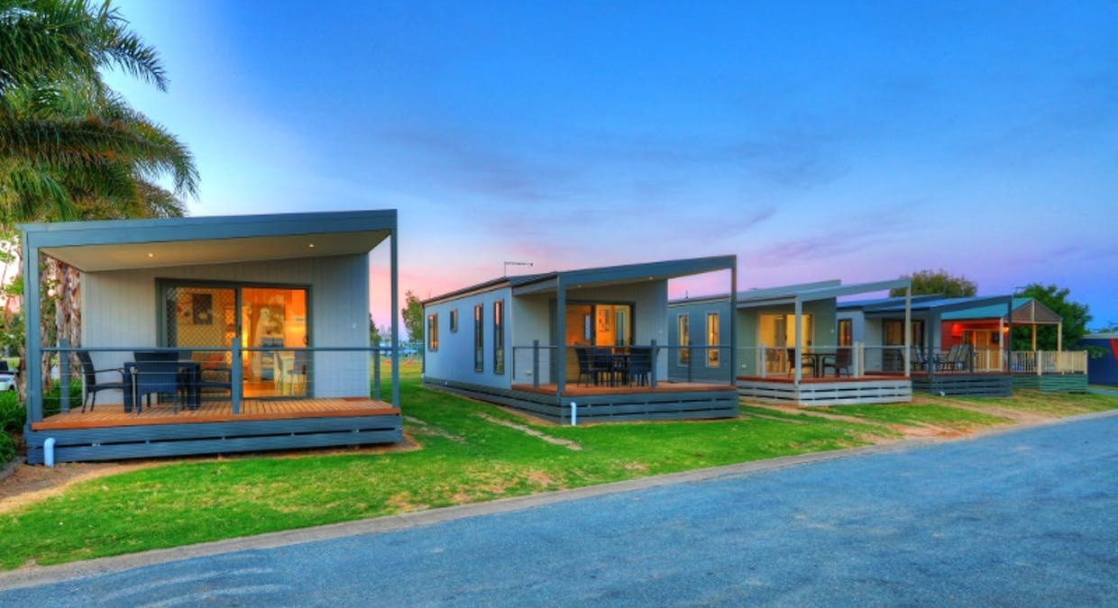 Holiday Cabins Spring Drive, Mulwala, NSW, 2647 – For Sale