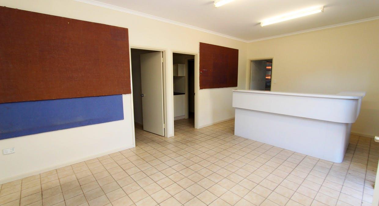 24 Pearce Street, Katherine, NT, 0850 - Image 2