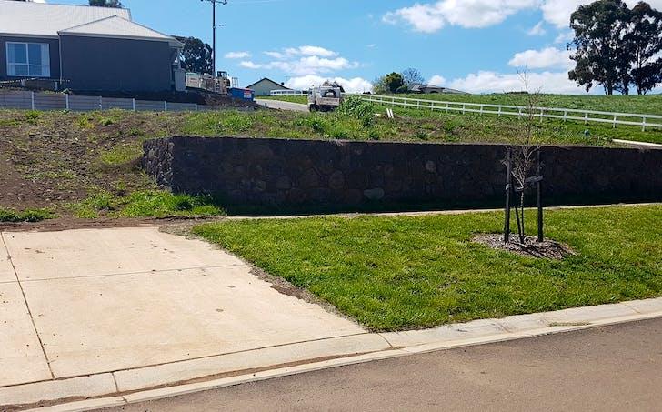 2 Rennick Drive, Kyneton, VIC, 3444 - Image 1
